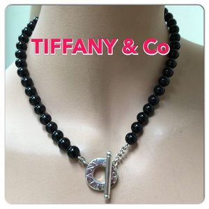 🔴Authentic TIFFANY & CO Onyx Bead Toggle Necklace